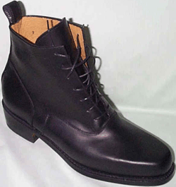 Ladies High-Top Lace-Up Shoes - Black. Victorian & Civil War
